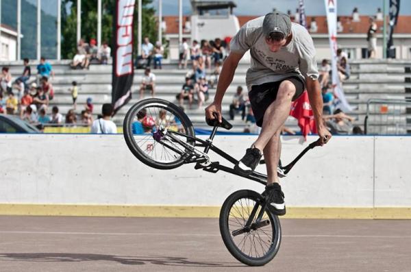 Ares Bikes: Quentin Pelorson classic No Steam Roller